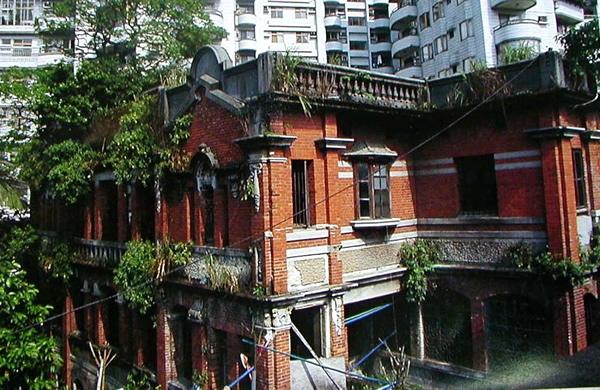 周家花園全景(1992年,從旁邊的建順茶行二樓俯瞰照攝)