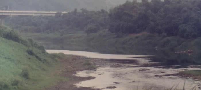 牛稠頭和改變中的基隆河